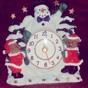 🎄Vintage Christmas Ceramic Clock ⏰🎄